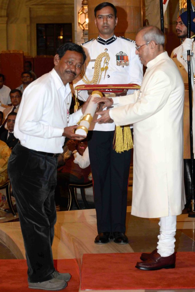 Karimul Haque recieving Padmashree