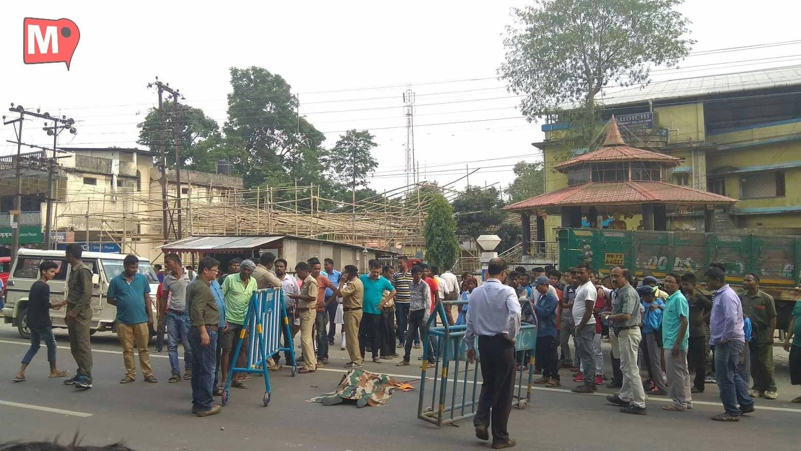 Soongachi-T.E School Bus Conductor Head Crushed