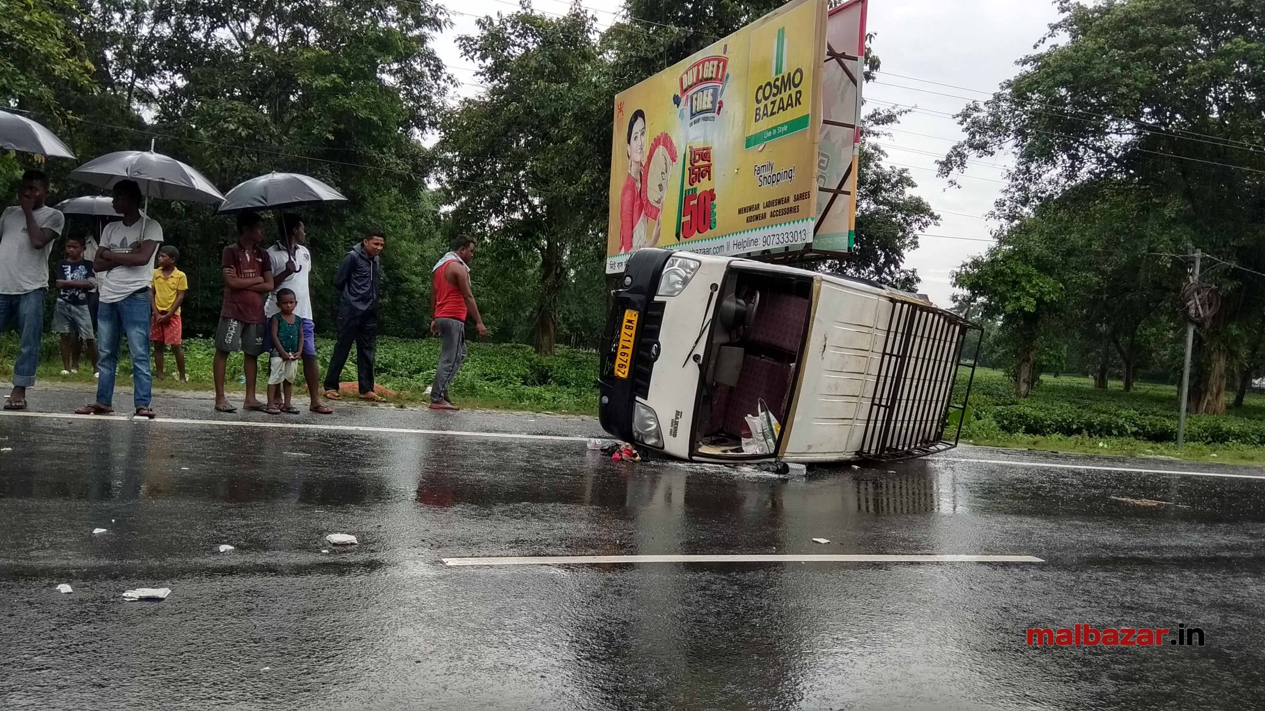 24 July, 2018 Road Accident, Malbazar(6)